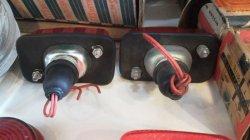 画像2: ダットサン A220 キャブライト テールランプ